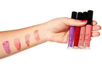 American Apparel  Lip Gloss uploaded by Noor A.