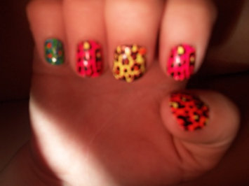 Kiss Nail Fashion Strips uploaded by Ashaley D.
