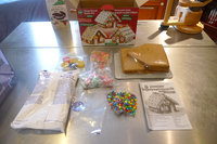 Create-A-Treat Gingerbread House Kit uploaded by Alesandra V.
