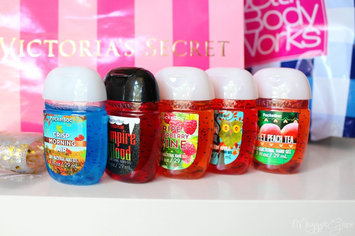 Bath & Body Works PocketBac Hand Sanitizer Gel Sweet Peach Tea uploaded by Deja K.