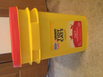 Photo of Tidy Cats Scoop 24/7 Performance Cat Litter uploaded by Sherry G.