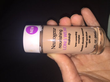 Neutrogena Nourishing Long Wear Foundation uploaded by Kelli W.