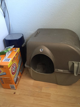 Photo of Omega Paw Products RA20 Self Cleaning Litter Box (Large) uploaded by Jayce F.
