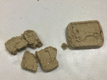 Photo of THE BLUE BUFFALO CO. BLUE™ Health Bars Baked with Banana and Yogurt Natural Biscuits for Dogs uploaded by Raquel L.
