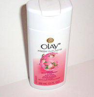 Olay Silky Berry Cleansing Body Wash uploaded by Maria R.