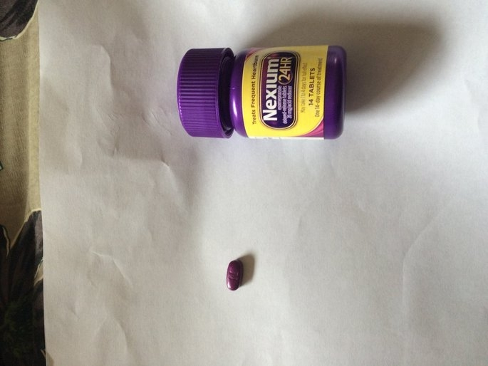 Nexium 24HR Capsules - 14 Count uploaded by Luana B.