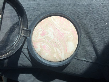 Photo of Laura Geller Beauty 'Balance-n-Brighten' Baked Color Correcting Foundation uploaded by Susanne L.