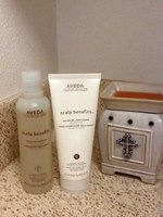 Aveda 8.5 oz Scalp Benefits Balancing Shampoo uploaded by Jeanette C.
