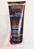 John Frieda® Brilliant Brunette Colour Protecting Moisturising Conditioner uploaded by Damaris S.