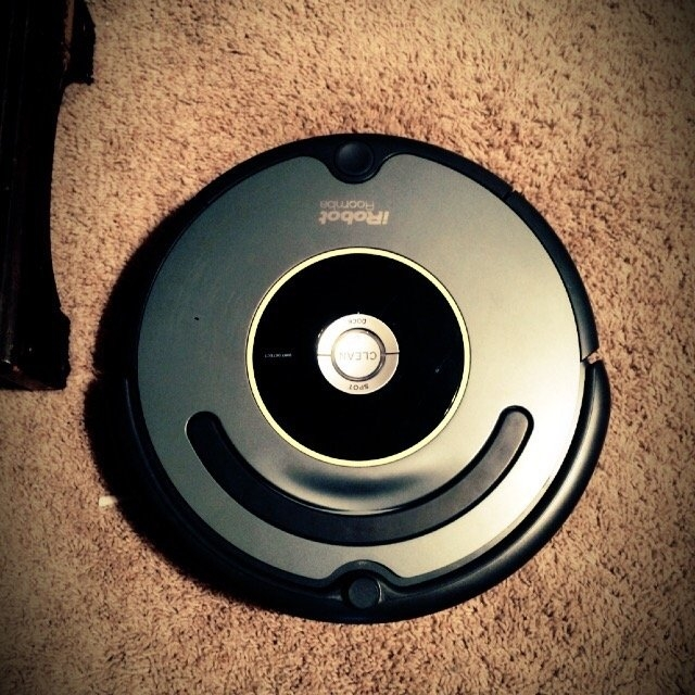 iRobot Roomba 645 Vacuum Cleaning Robot uploaded by CHELSEA P.