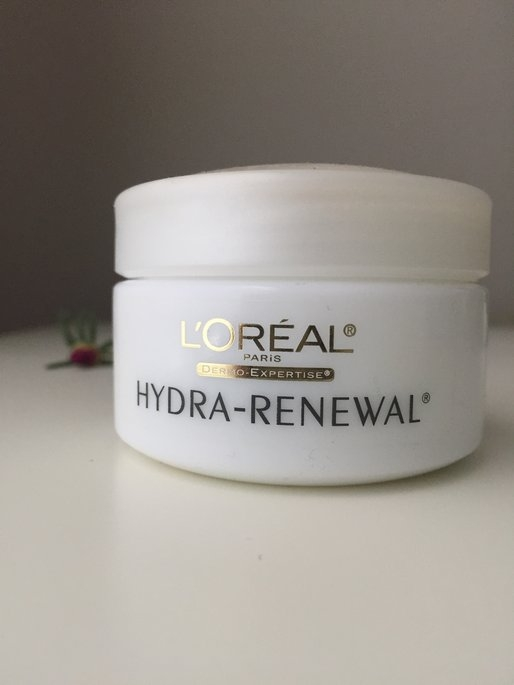 L'Oréal Dermo-Expertise Continuous Moisture Cream uploaded by Isma S.