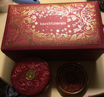 Photo of bareMinerals Deluxe Original Foundation Collector's Edition uploaded by Theresa M.