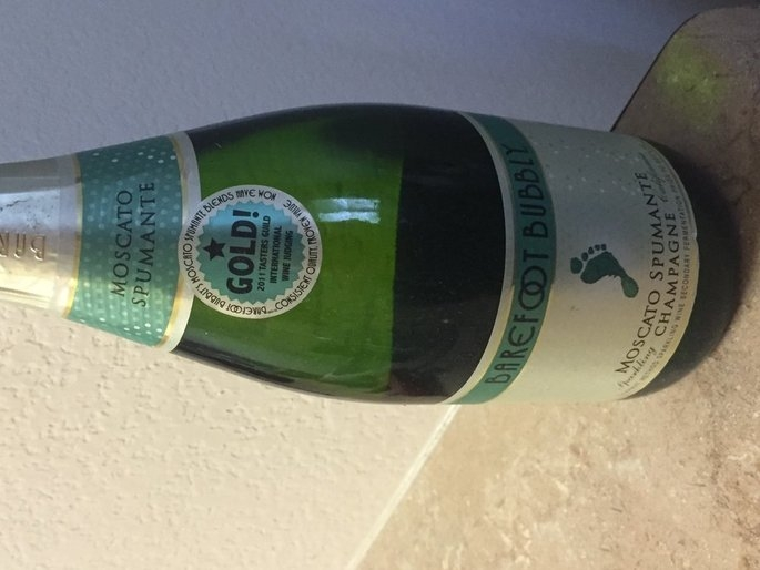 Gallo Barefoot Bubbly Moscato Spumante Wine 750 ml uploaded by Valerie R.