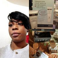 L'Oréal Pure Sugar Scrub Nourish & Soften uploaded by Spontaneous W.