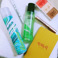 Batiste Dry Shampoo Clean & Classic Original 200 Ml 6.73 Fluid Ounces (Pack 3) (Pack of 3) uploaded by Marissa C.