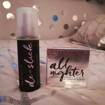 Photo of Urban Decay De-slick Oil Control Makeup Setting Spray uploaded by Kate 👽.