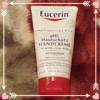Eucerin® Daily Hydration Moisturizer & Sunscreen Broad Spectrum SPF 30 Hand Creme 2.7 oz. Tube uploaded by Ayat A.