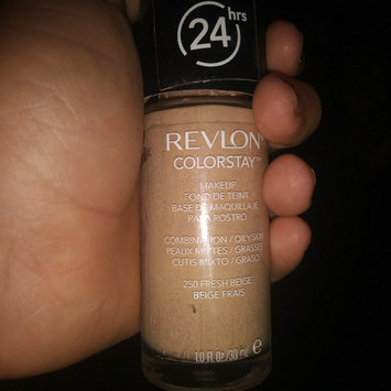 COVERGIRL Outlast All-Day Ultimate Finish 3-in-1 Foundation uploaded by Delores H.