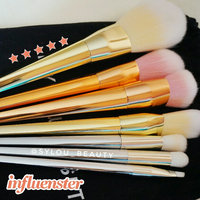 Real Techniques Expert Face Brush uploaded by Sylia H.