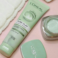 L'Oréal Paris Pure-Clay Purify & Mattify Face Mask uploaded by hafsaa A.