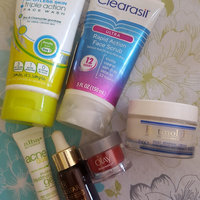 CLEARASIL® Rapid Rescue Deep Treatment Scrub uploaded by Sofia M.