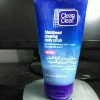 Clean & Clear Blackhead Clearing Scrub uploaded by Alaa S.