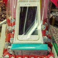 Apple iPhone 6s uploaded by hanan e.