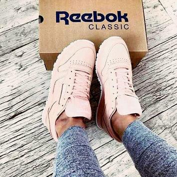 Reebok uploaded by Rania b.