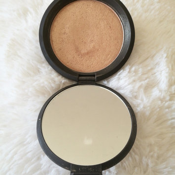 BECCA Shimmering Skin Perfector® Pressed Highlighter uploaded by Mayte C.