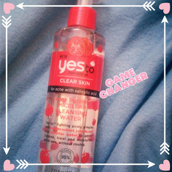 Yes to Tomatoes Clear Skin Acne Clearing Facial Toner, 7.7 oz uploaded by Jaia C.