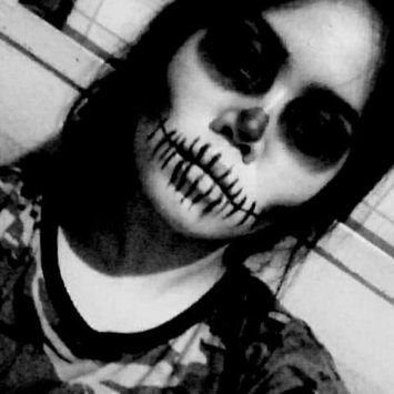 Photo uploaded to #HalloWIN by Zaira M.