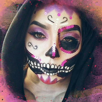 Photo uploaded to #HalloWIN by Lupita T.