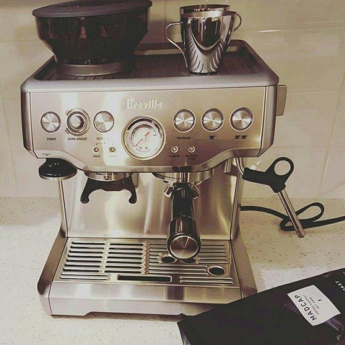 Breville BES870BSXL Barista Express Black Espresso Machine uploaded by Alexandria C.