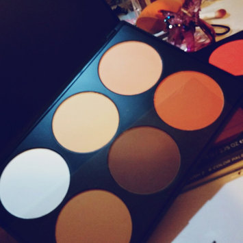 BH Cosmetics Contour and Blush Palette uploaded by leisly r.