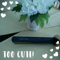 Cricket Centrix Ceramic Flat Iron 1 uploaded by Lucie L.