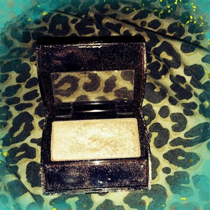 Maybelline Expert Eyes Eye Shadow, Silken Taupe - .13 oz uploaded by Mikki B.