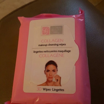 Global Beauty Care Collagen Makeup Cleansing Wipes uploaded by Noelia M.