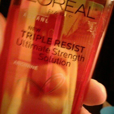 L'Oréal Advanced Haircare Triple Resist Ultimate Strength Solution uploaded by Sara D.