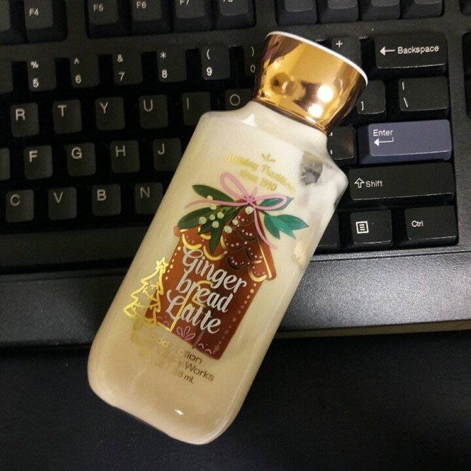 Bath & Body Works Gingerbread Latte Body Lotion uploaded by Isai H.