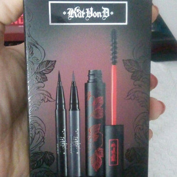Kat Von D The Kat Eye Set uploaded by Genesis P.