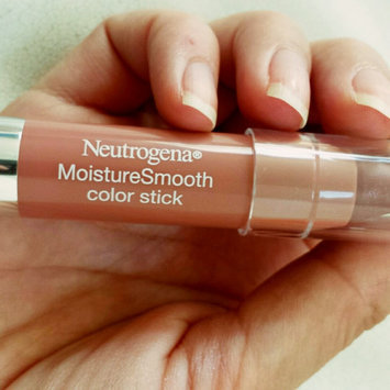 Photo of Neutrogena® MoistureSmooth Color Stick uploaded by Gris H.