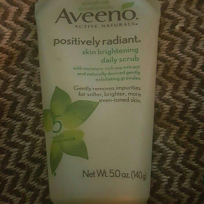Aveeno Positively Radiant Skin Brightening Daily Scrub uploaded by Tammy P.