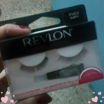 Photo of Revlon Fantasy Lengths Maximum Wear Glue On Eyelashes uploaded by Sanihe R.