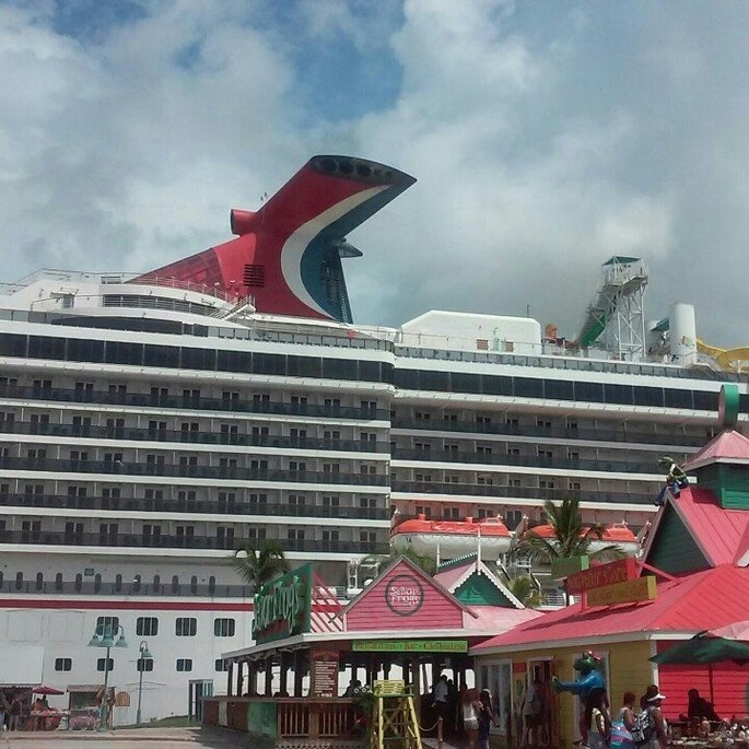 Carnival Cruise Line uploaded by Sikinah R.