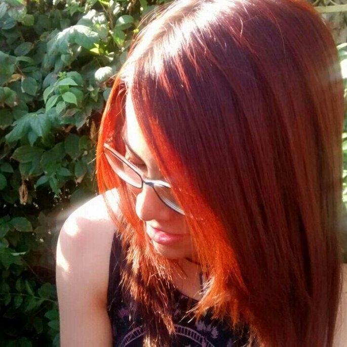 Garnier Nutrisse Belle Color, 562 Natural Opalescent Red uploaded by Javiera G.