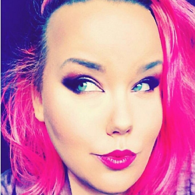 NYX Cosmetics Studio Finishing Powder uploaded by Renee N.
