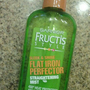 Garnier Fructis Style Sleek & Shine Flat Iron Perfector Straightening Mist 24 Hr Finish uploaded by Nancy R.