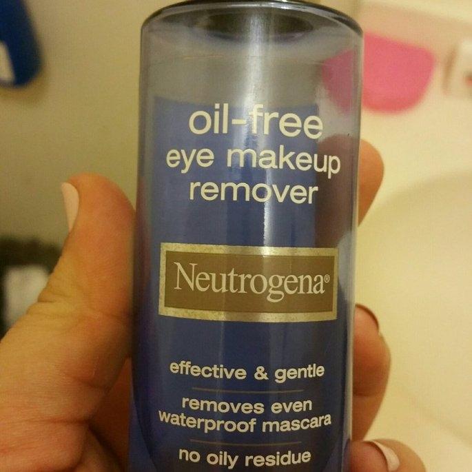Neutrogena Oil-Free Eye Makeup Remover uploaded by Carolina P.