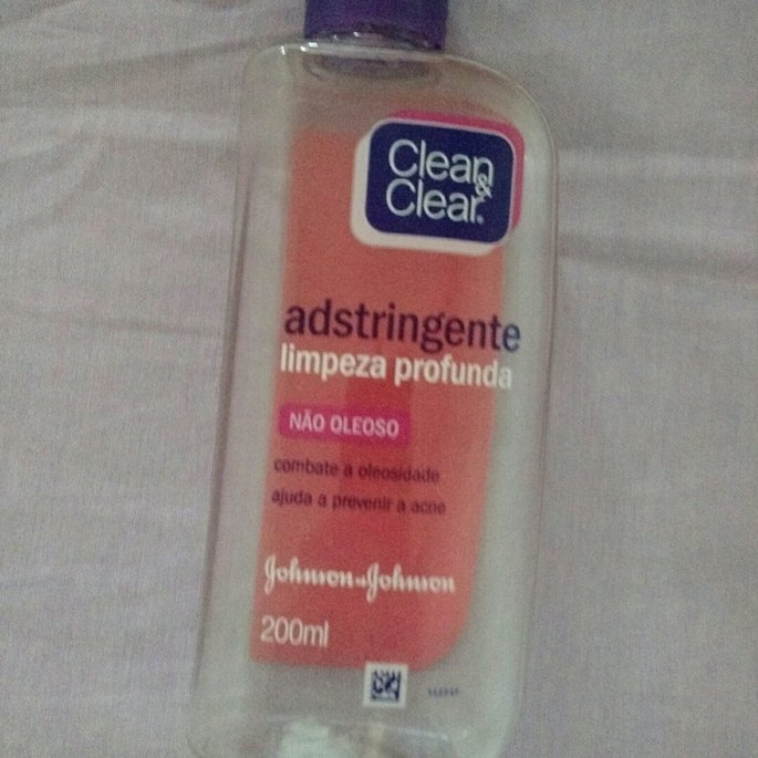 Clean & Clear Essentials Deep Cleaning Astringent uploaded by Myllena S.