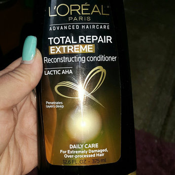Photo of L'Oréal Paris Advanced Haircare Total Repair 5 Extreme Reconstructing uploaded by April m.
